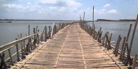 bamboo bridge -kampong cham