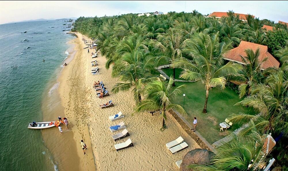 vietnam-long hai beach