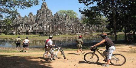 Angkor-biking-