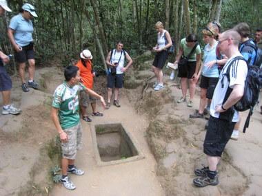 cuchi tunnel -vietnam