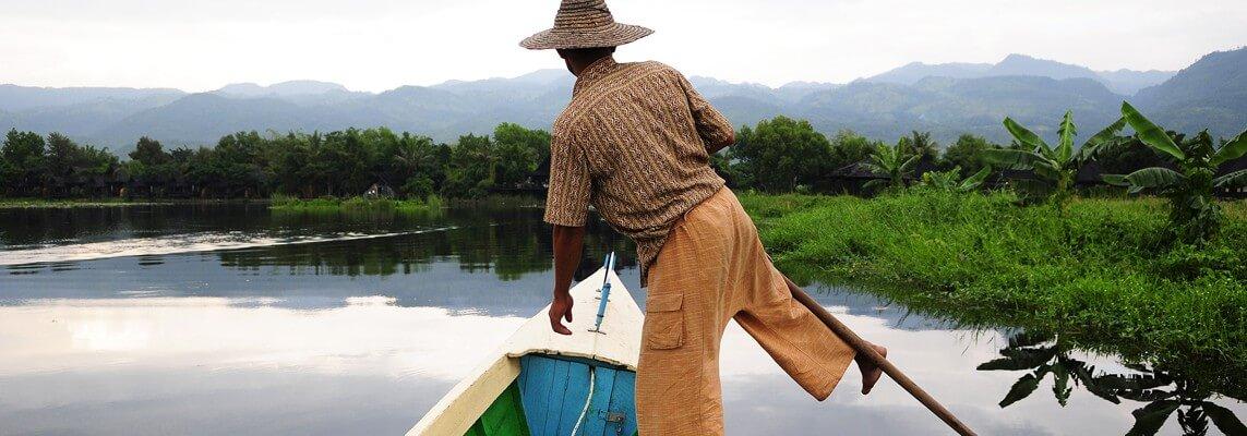 life on inle lake Myanmar