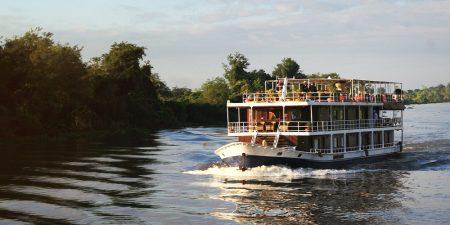 toum toum cruise cambodia
