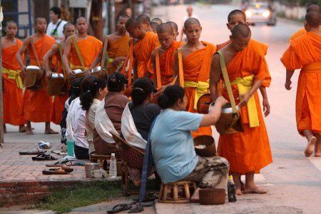Luang-Prabang-Monks-Alm-Dawn